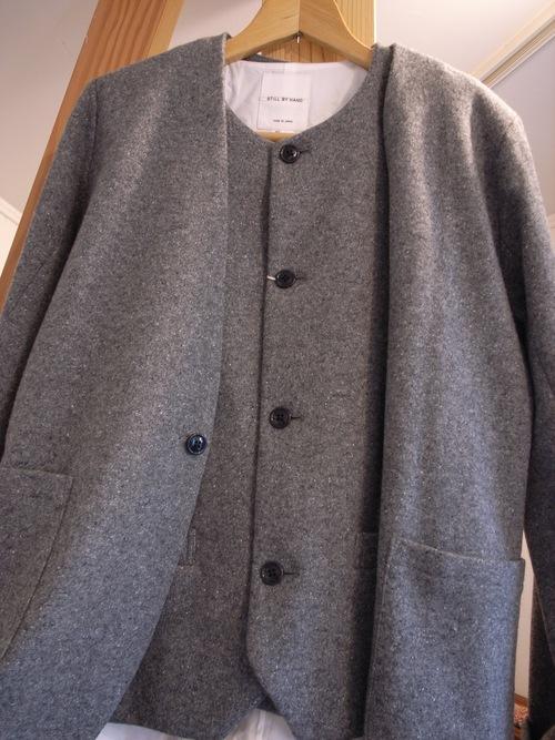 STILL BY HAND ウール と シルク のジャケット と ベスト_d0334060_143615.jpg