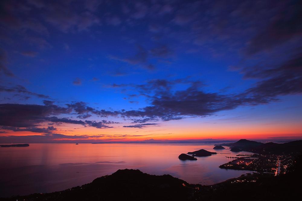 海も染まる薄命の時間_c0247313_1622145.jpg