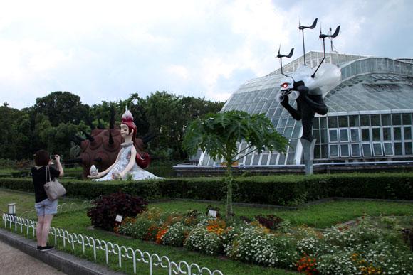 植物園ライトアップ_e0048413_21261011.jpg
