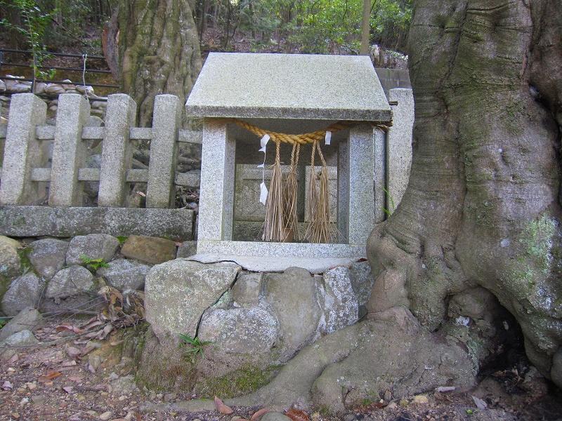 京都松が崎の守り神「末刀岩上神社」20150815_e0237645_149764.jpg
