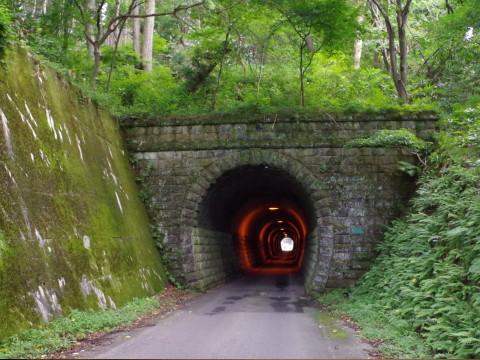 戸草トンネル_a0023246_10372663.jpg