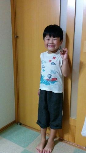 4歳男子。手織りリネンを着こなす。_a0316554_11344408.jpg