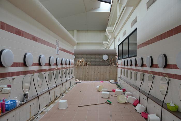 加賀温泉のホテル廃墟:観音温泉ホテル写真_e0171573_21183257.jpg
