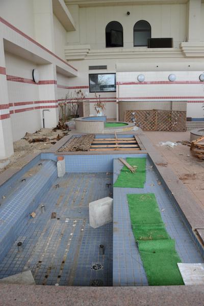 加賀温泉のホテル廃墟:観音温泉ホテル写真_e0171573_21183763.jpg