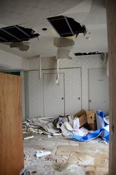 加賀温泉のホテル廃墟:観音温泉ホテル写真_e0171573_21201021.jpg