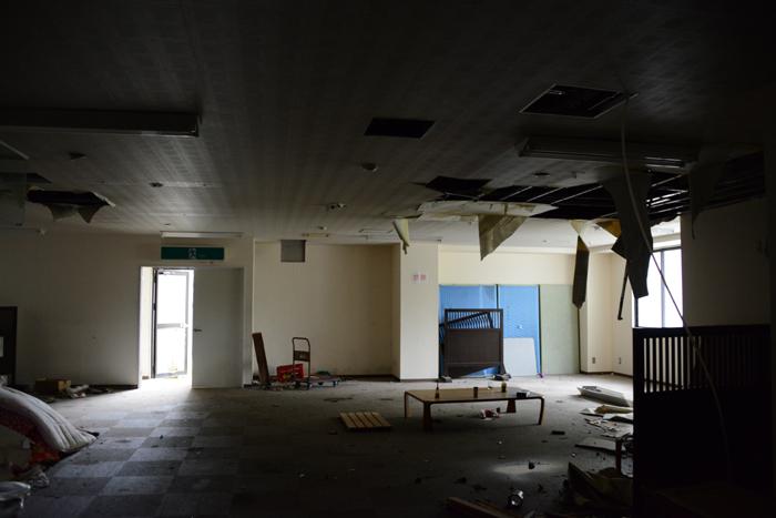 加賀温泉のホテル廃墟:観音温泉ホテル写真_e0171573_21204818.jpg