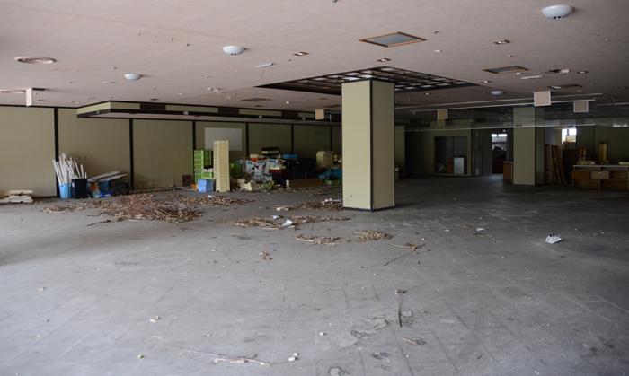 加賀温泉のホテル廃墟:観音温泉ホテル写真_e0171573_21205275.jpg