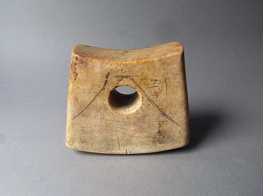 大理石の枕_e0111789_1012147.jpg