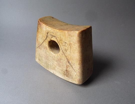 大理石の枕_e0111789_101472.jpg