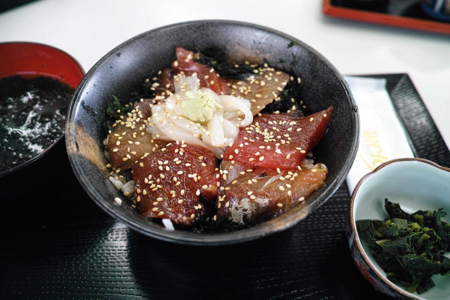 神津島特集⑩ 神津島でのお食事は、「よっちゃーれセンター」がオススメ!_c0223825_14572032.jpg