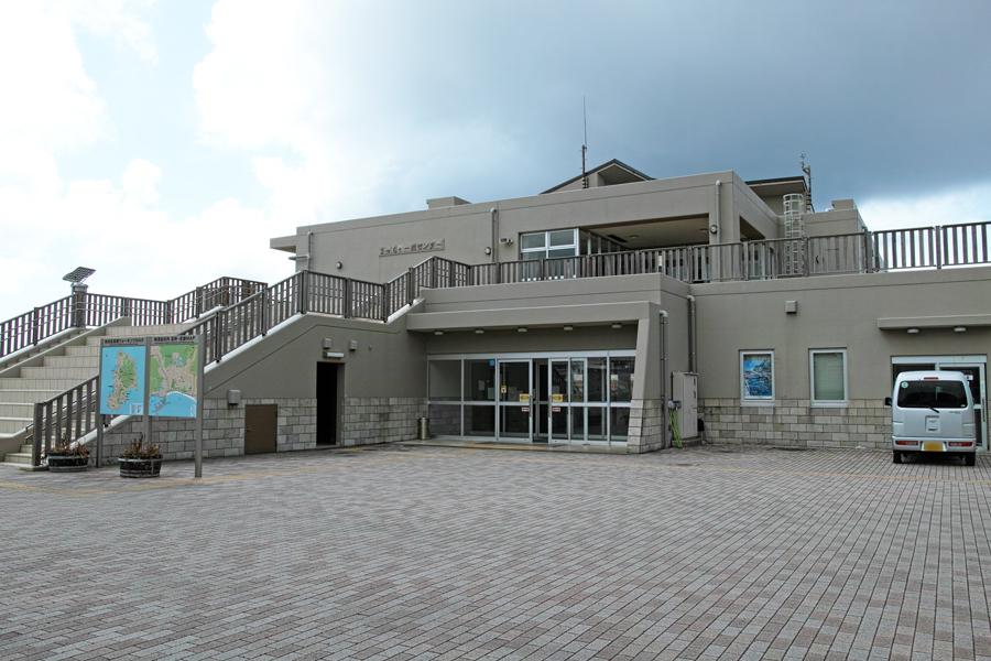 神津島特集⑩ 神津島でのお食事は、「よっちゃーれセンター」がオススメ!_c0223825_15251217.jpg