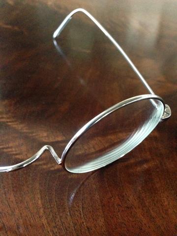 新しい眼鏡_d0245357_1152166.jpg