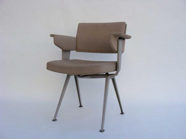 "\""Friso Kramer Office Chair\""ってこんなこと。_c0140560_10275028.jpg"