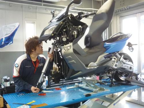 「サービス工場」 日々の作業風景 Vol3_e0254365_18131934.jpg