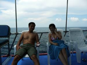 ラチャヤイ島でのんびりと_f0144385_8555329.jpg