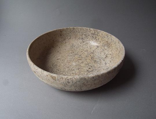 パキスタンの石の器_e0111789_10191181.jpg