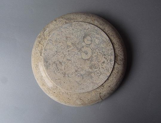 パキスタンの石の器_e0111789_10201741.jpg