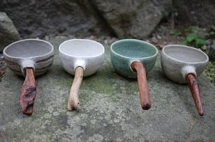 ①流木のマグカップと陶製マグカップ=長野県・G&MWorks_f0226293_9182987.jpg