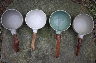 ①流木のマグカップと陶製マグカップ=長野県・G&MWorks_f0226293_9184180.jpg