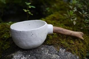①流木のマグカップと陶製マグカップ=長野県・G&MWorks_f0226293_9191075.jpg