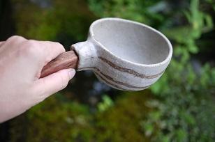 ①流木のマグカップと陶製マグカップ=長野県・G&MWorks_f0226293_919133.jpg