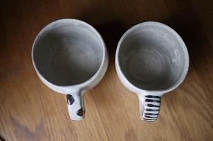 ①流木のマグカップと陶製マグカップ=長野県・G&MWorks_f0226293_9205114.jpg