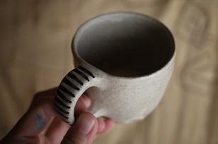 ①流木のマグカップと陶製マグカップ=長野県・G&MWorks_f0226293_9213067.jpg