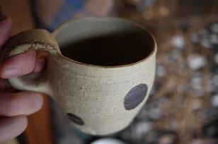 ①流木のマグカップと陶製マグカップ=長野県・G&MWorks_f0226293_9221721.jpg
