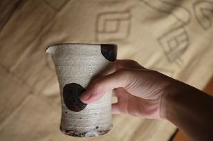 ①流木のマグカップと陶製マグカップ=長野県・G&MWorks_f0226293_9222656.jpg