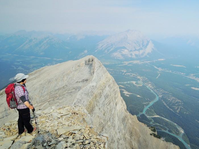 カナダの大ファン! 森様 Mt.ランドル (2948m) 登頂。_d0112928_443408.jpg