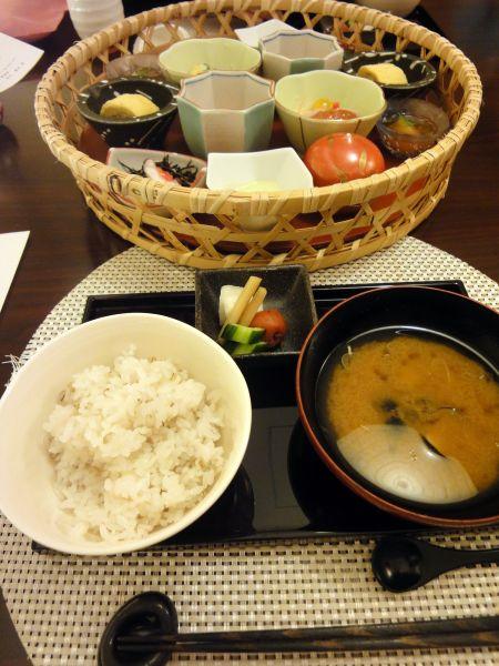 傘寿のお祝い ~鳥羽国際ホテル 潮路亭~_d0145934_1534963.jpg