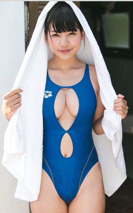 芹沢潤_e0192740_19484784.jpg
