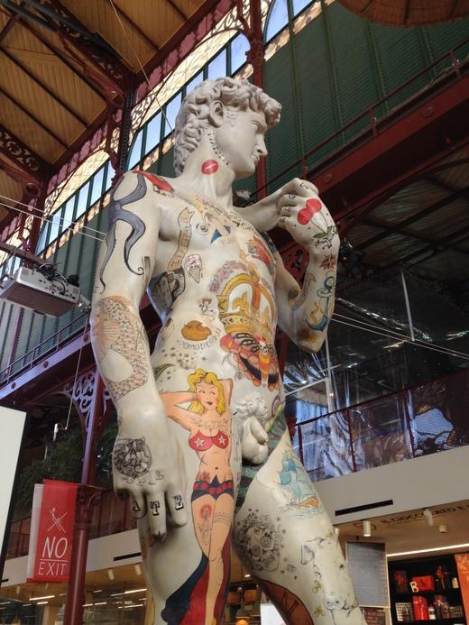 フィレンツェに3つ目のダヴィデ像レプリカ_a0136671_7173777.jpg
