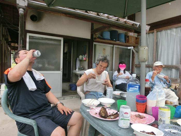 シンゴ家で栄養補給!!_a0199979_2037273.jpg