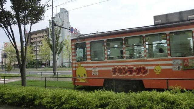 藤田八束から石破大臣へ@熊本の市内電車、熊本はなぜ元気なのか・・・地方創生のベスト条件_d0181492_22285267.jpg
