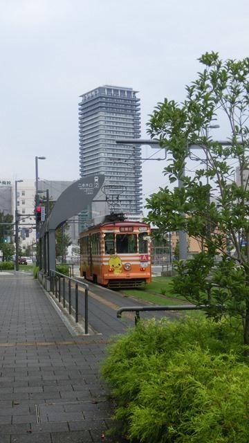 藤田八束から石破大臣へ@熊本の市内電車、熊本はなぜ元気なのか・・・地方創生のベスト条件_d0181492_22293022.jpg
