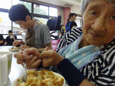 8/30 日曜喫茶_a0154110_1527538.jpg