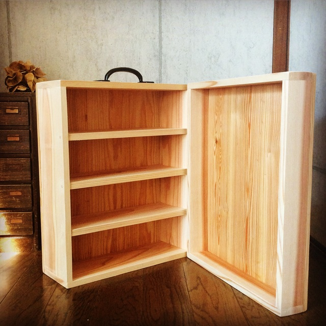木製キャリーケース。_b0125443_10514887.jpg
