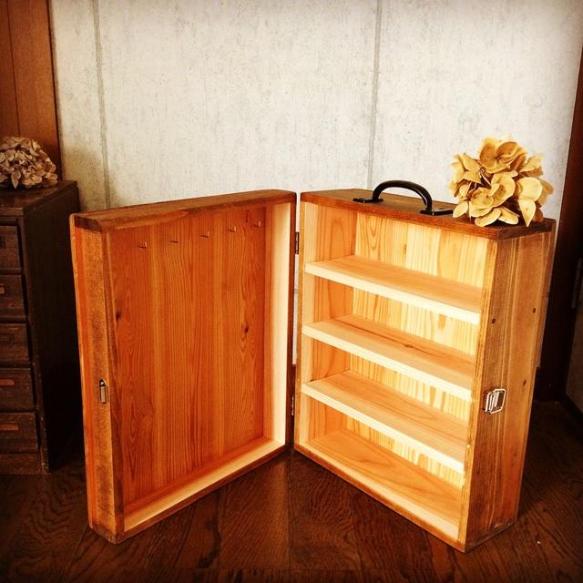 木製キャリーケース。_b0125443_1112647.jpg