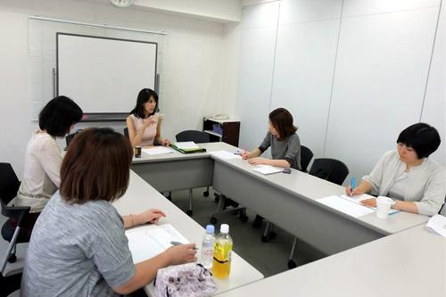 プロ講師実践コース2日目「なんで、ありがとうって言うの?」_d0169072_16124208.jpg