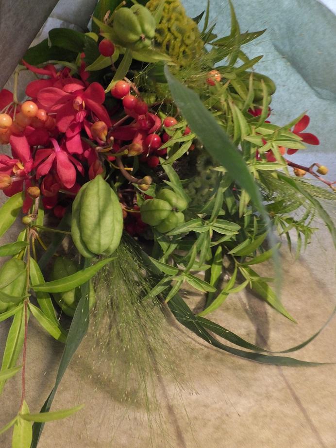 オークリーフ花の教室(落合さんの作品)_f0049672_1548224.jpg