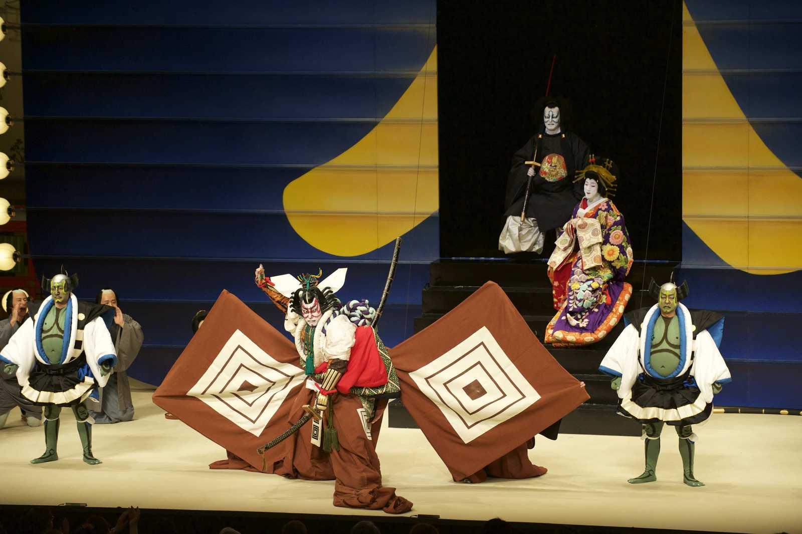 六本木歌舞伎観てきました!_a0221584_1555323.jpg