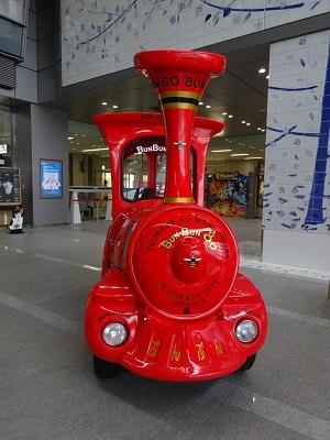 駅でデザインを楽しもう~熊本駅・博多駅~_b0228113_15422526.jpg