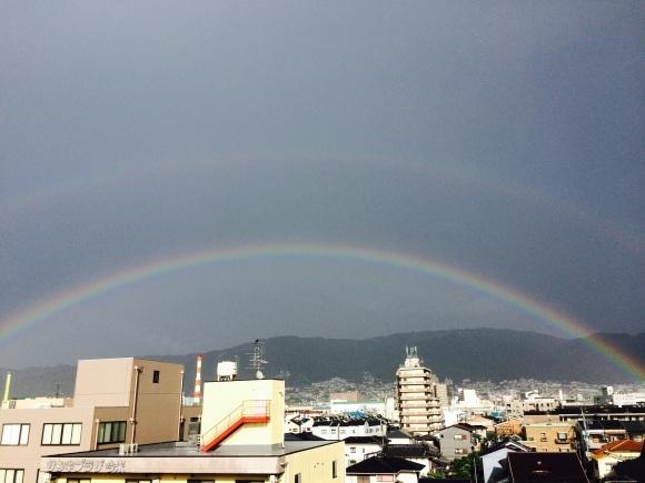 虹でた!_e0185530_17213340.jpg