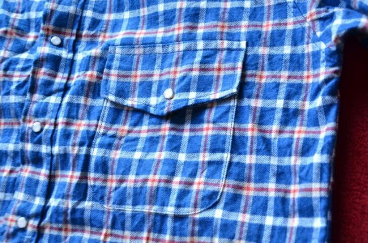 すっかり定着してきたノーカラーシャツ。_c0167336_1938050.jpg