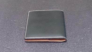 万双の二つ折り財布エイジング報告(2年) 『万双』ブライドルミニ財布(ダークグリーン)_c0364960_14000812.jpg