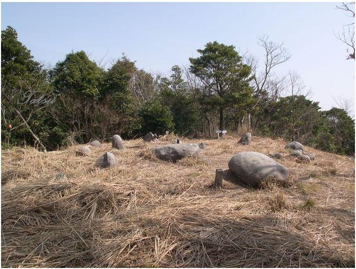 安心院 米神山の巨石群_c0222861_21225413.jpg