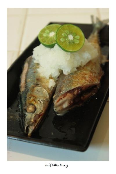 初秋刀魚の塩焼き 2015_c0156468_1740814.jpg
