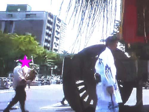 テレビと横浜で見たこと_f0211178_1404648.jpg