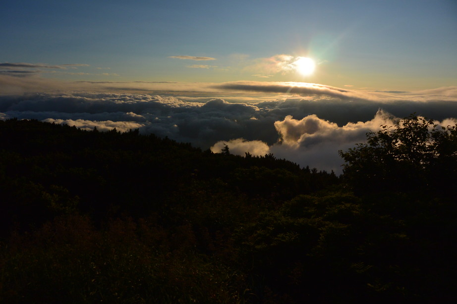 "2015年8月 『羊蹄山の夕日、朝日』 August 2015 ""Sunset and Sunrise from Mt Yotei\""_c0219616_22245822.jpg"